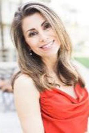 Dr. Stefanie Mikulics